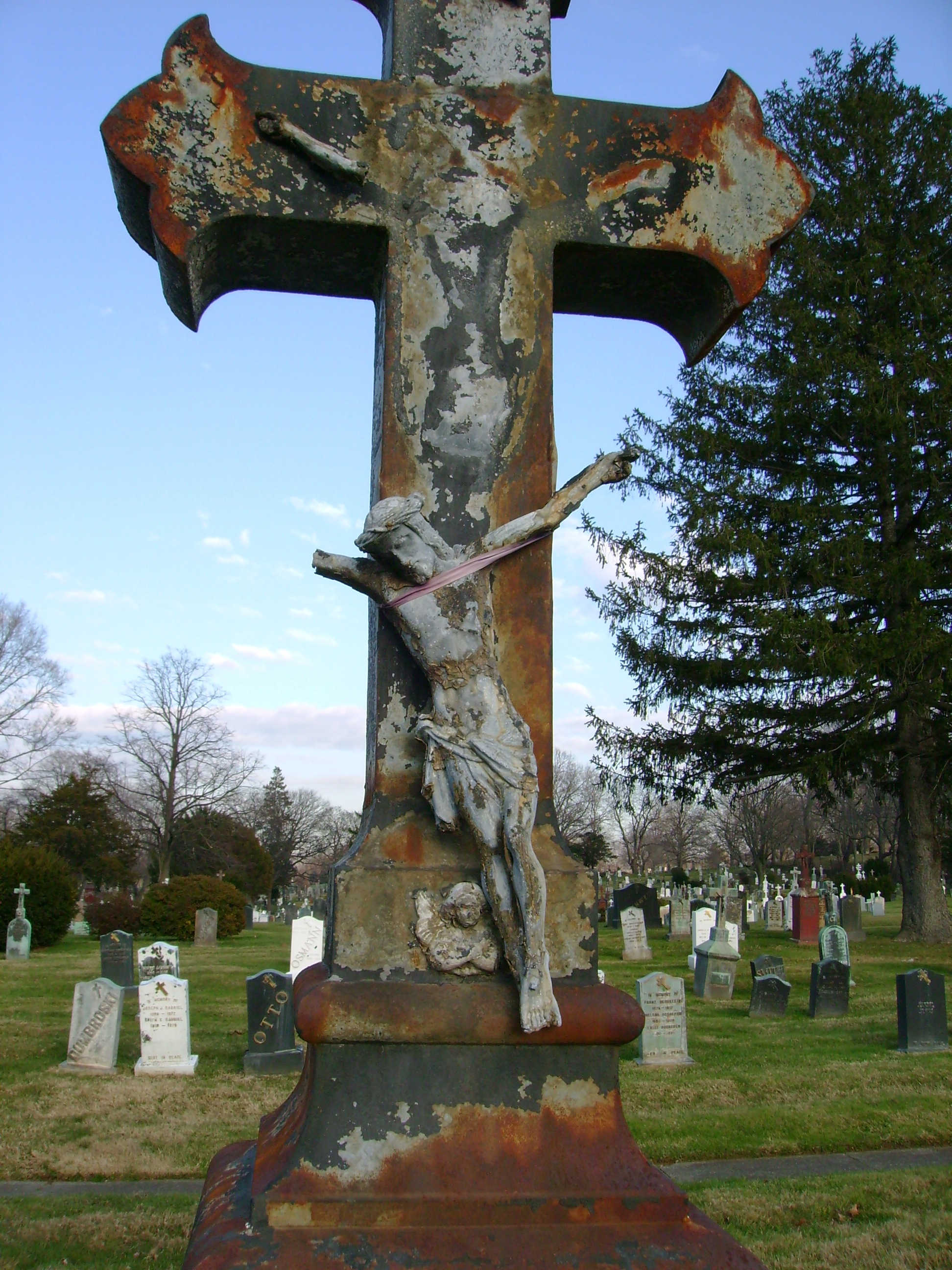 Holy Trinity Cemetery_Bushwick_
